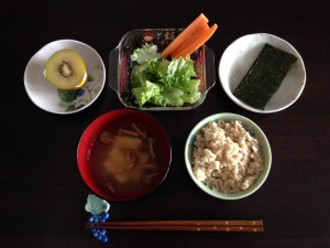 玄米の朝食